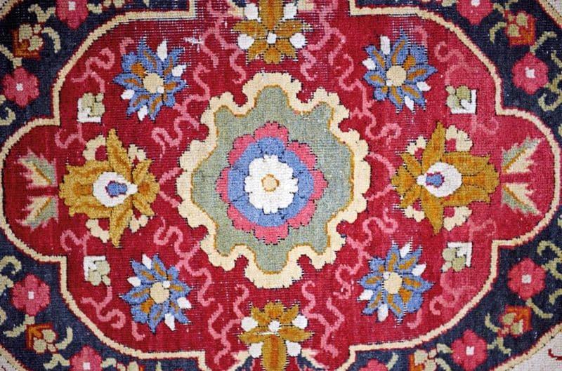 Trinitarias Carpet Ton-Sur-Ton Nazmiyal