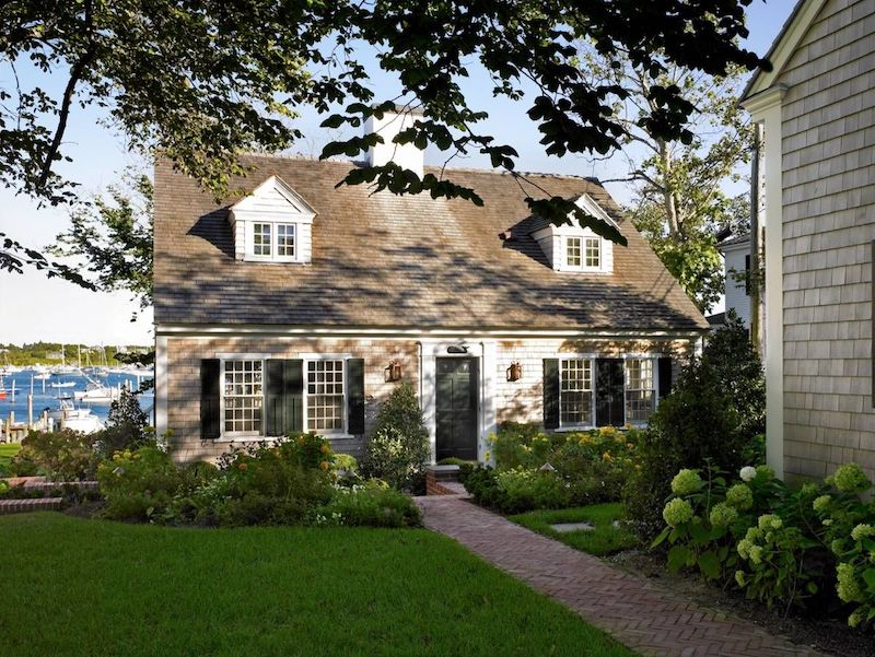 Cape Cod Home Exterior Nazmiyal